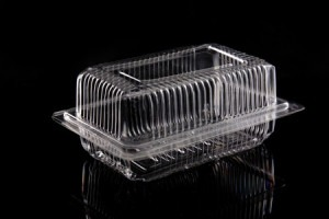 Plastic clamshell packaging